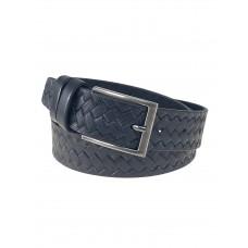 На фото 1 - Кожаный мужской ремень с геометрическим узором, цвет чёрный