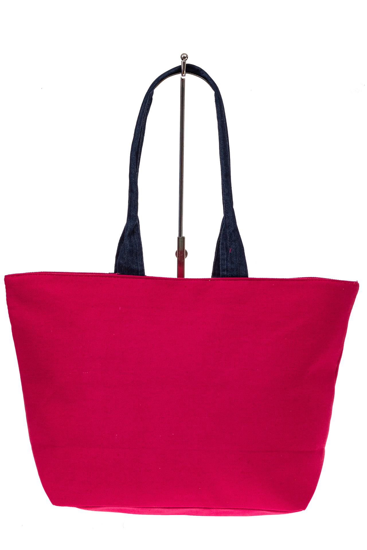 На фото 2 - Шоппер из текстиля с принтом-аппликацией, цвет розовый
