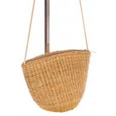 на фото Соломенная сумка-ведро коричневого цвета 3781