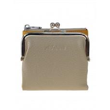 На фото 1 - Кожаный женский кошелёк с фермуаром, цвет бежевый