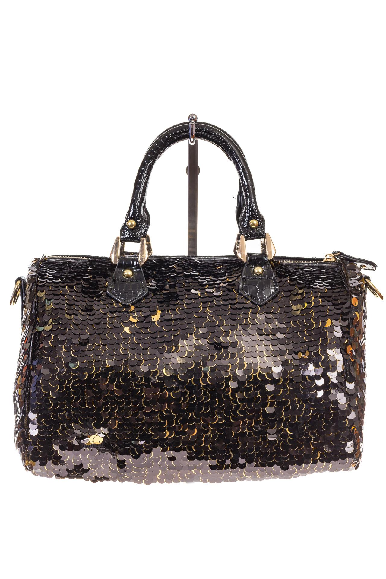 На фото 3 - сумка женская