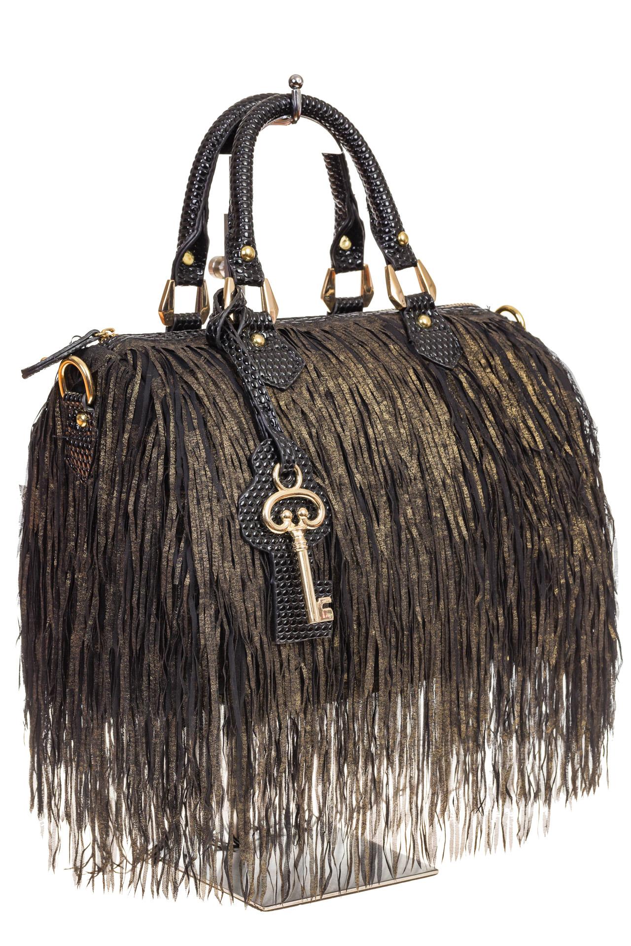 Сумка из эко-кожи типа Dome bag украшена бахромой, для оптовых покупателей