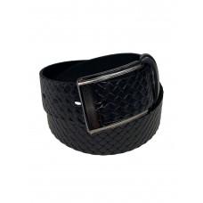 На фото 1 - Кожаный мужской ремень с плетёной фактурой, цвет чёрный