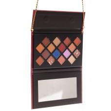 На фото 1 - Палетка теней в подарочной упаковке, коричнево-шоколадная палитра