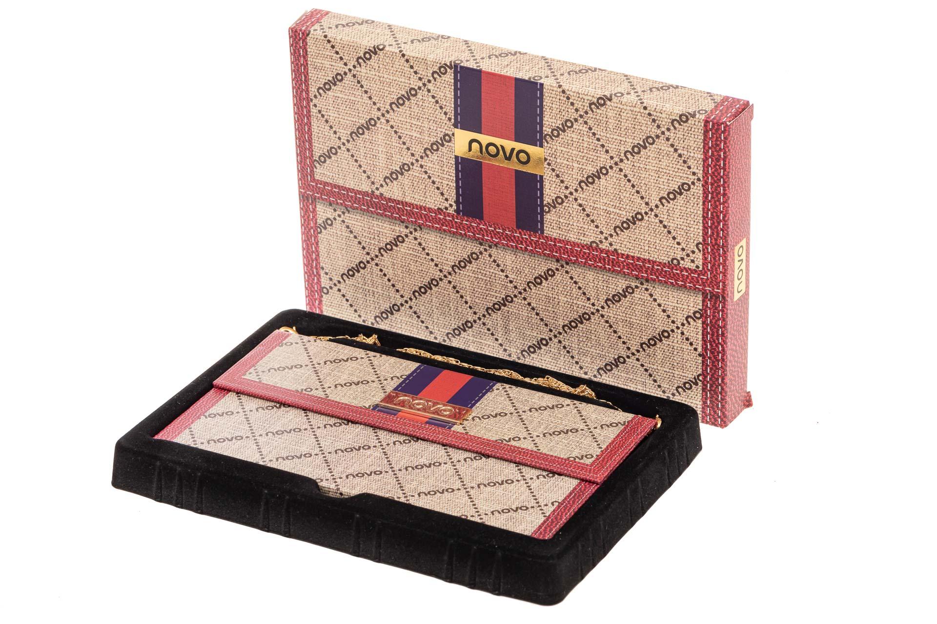 На фото 4 - Палетка теней в подарочной упаковке, коричнево-шоколадная палитра