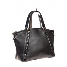 Женская сумка-трапеция черного цвета с металлическими цепочками в качестве декора