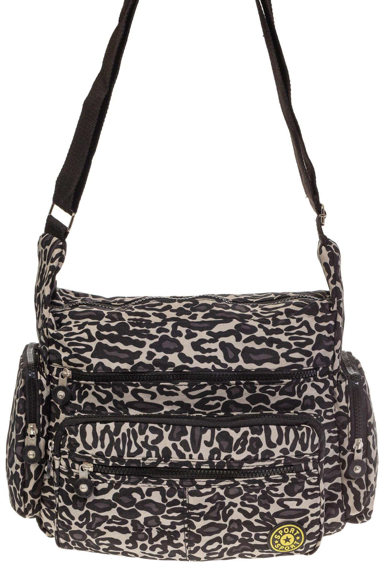 На фото 2 - Текстильная темная сумка с принтом снежный барс