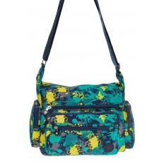 На фото 2 - Текстильная темная сумка с принтом пятен краски
