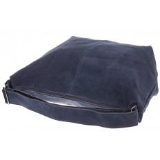 На фото 4 - Замшевая сумка хобо серо-синего цвета