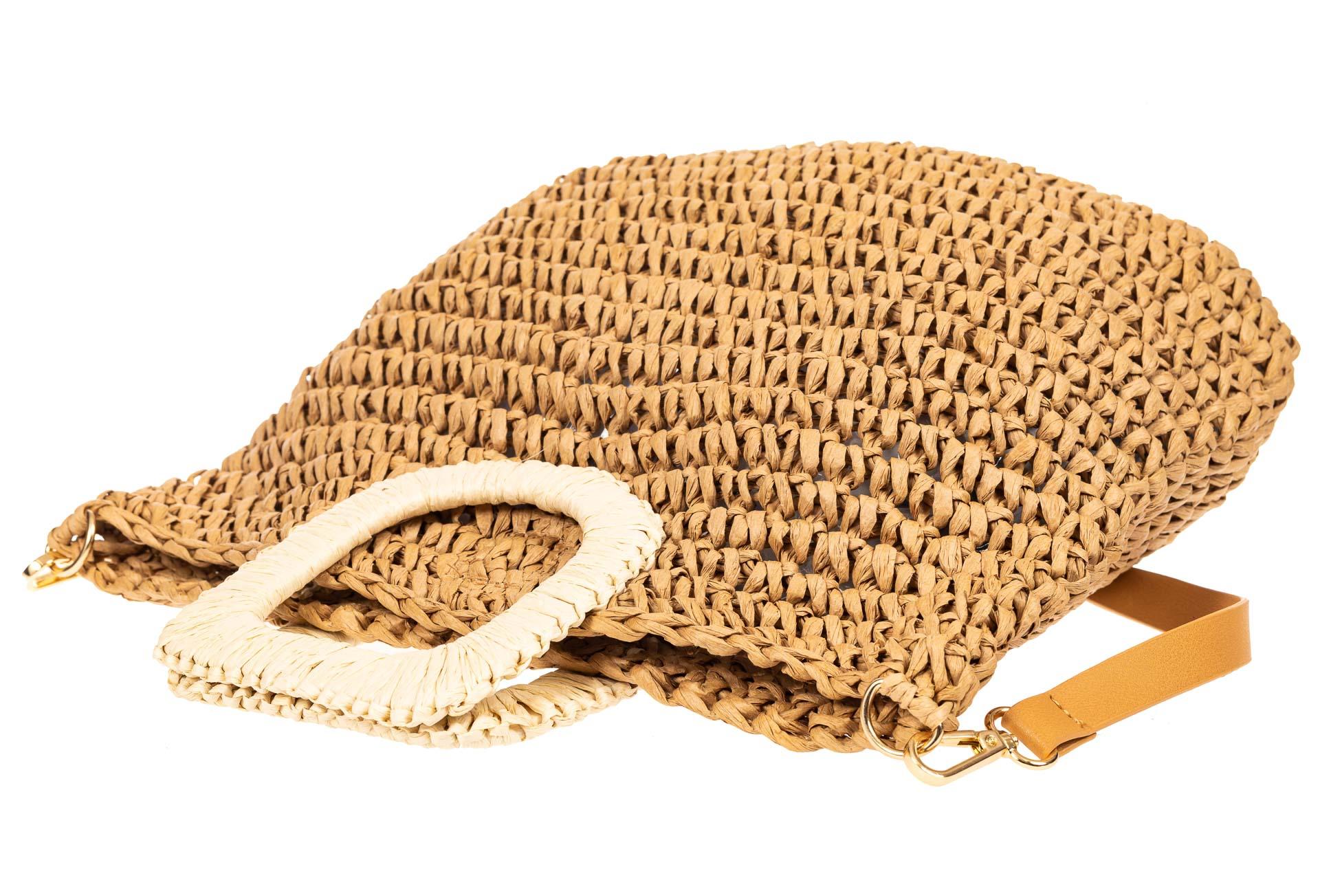 На фото 4 - Плетеная сумка тоут из джута с акцентной квадратной ручкой, цвет крафт