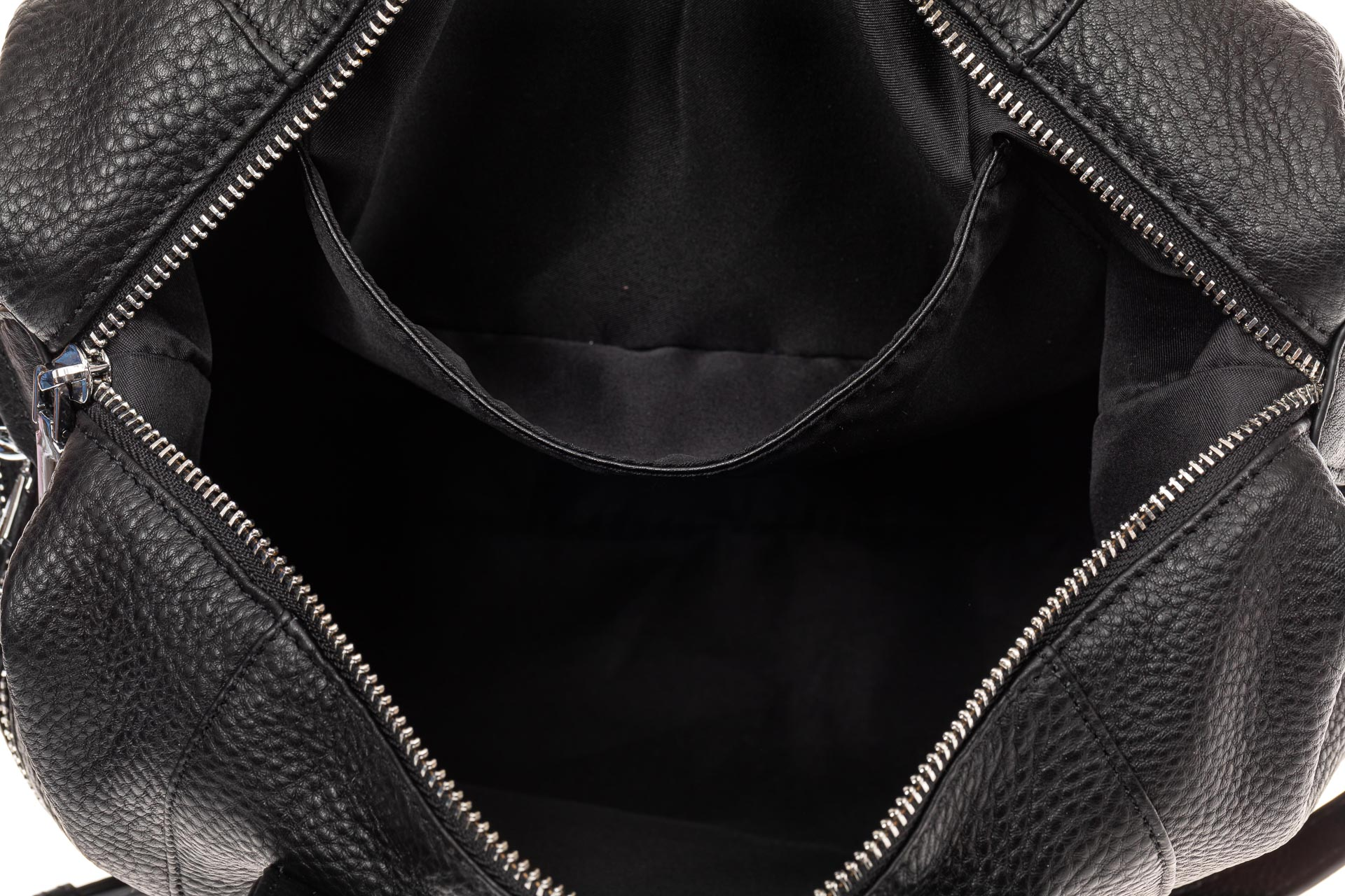 На фото 4 - Сумка женская из натуральной кожи в форме купола, цвет черный