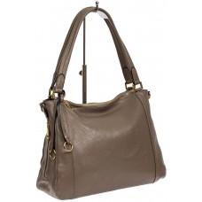 На фото 1 - Классическая женская сумка из натуральной кожи с декоративной подвеской, цвет какао