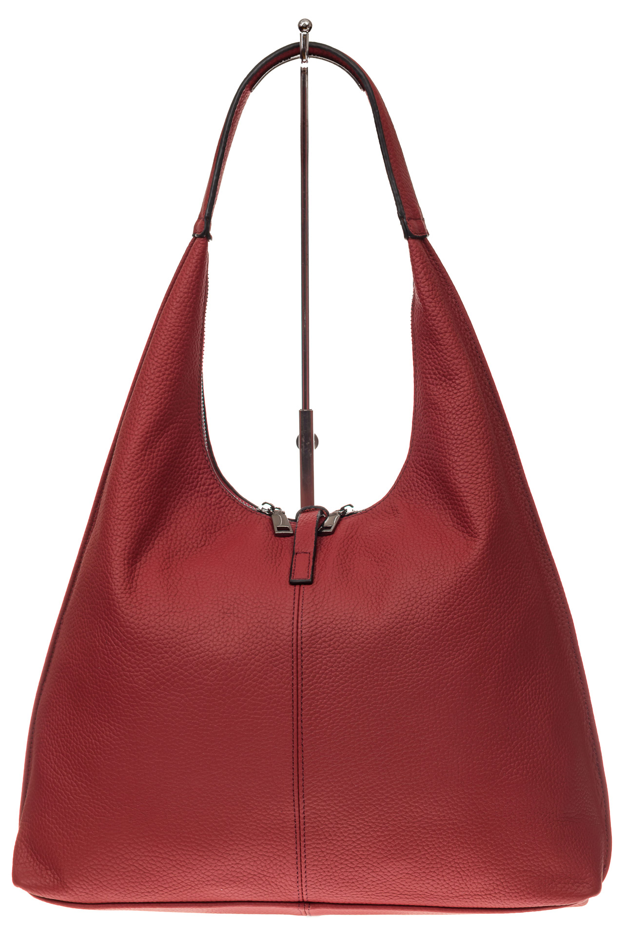 На фото 3 - Кожаная сумка хобо, цвет красный