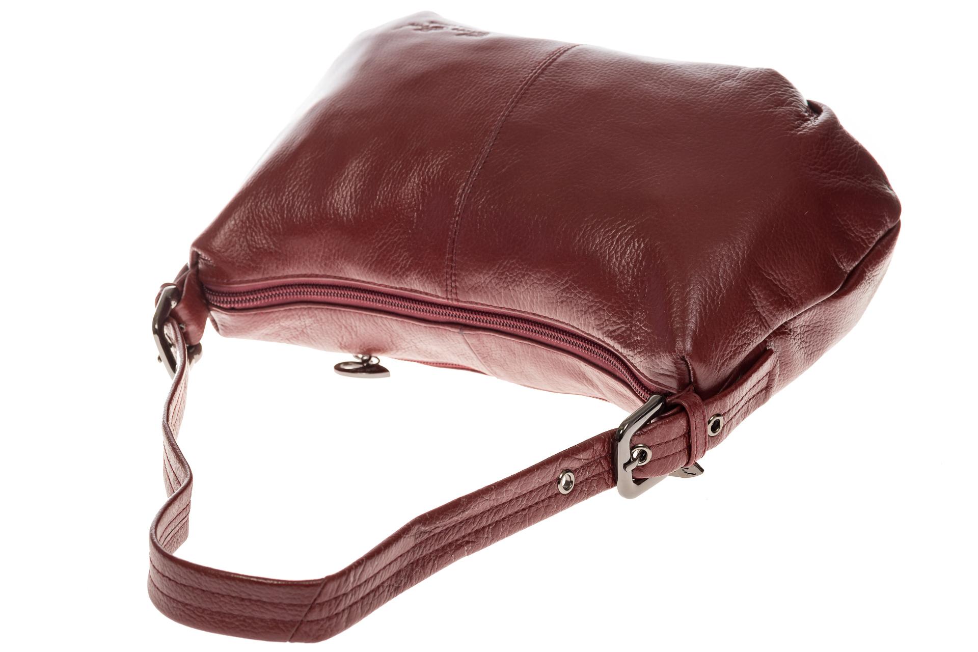 На фото 4 - Бордовая сумка-багет из мягкой натуральной кожи