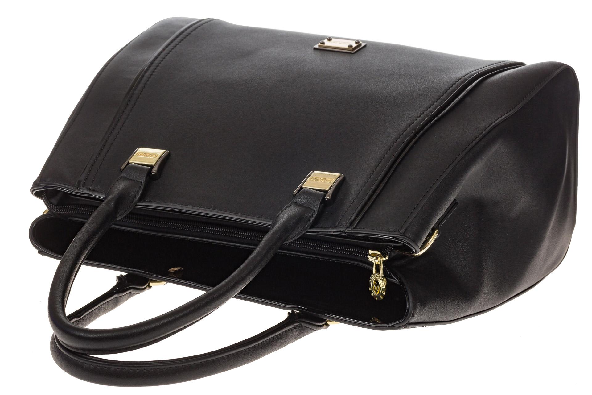 На фото 4 - Классическая сумка из искусственной кожи, цвет черный