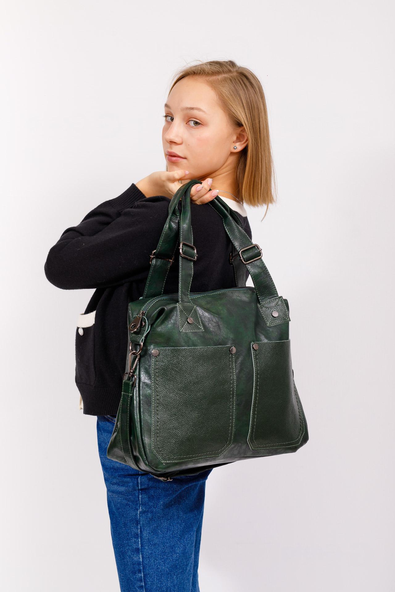 На фото 5 - Сумка женская тоут из натуральной и искусственной кожи, цвет зеленый
