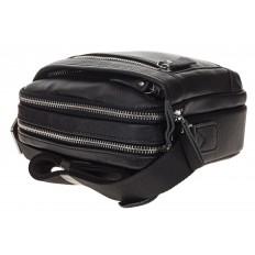 На фото 4 - Маленькая квадратная мужская сумка из натуральной кожи