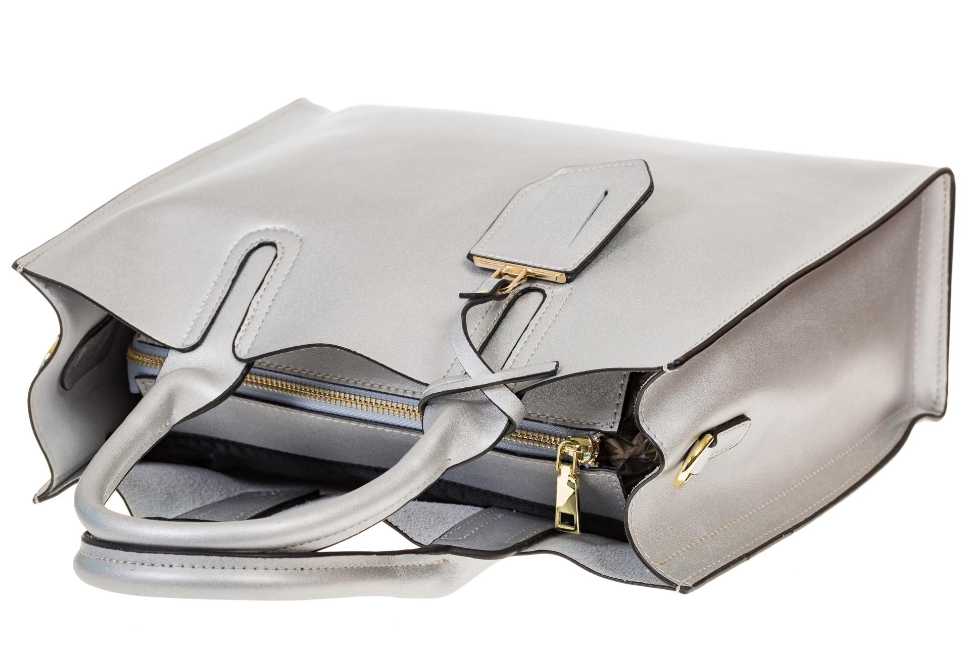 На фото 4 - Женская сумка-шопер серебристого цвета 6009MK5