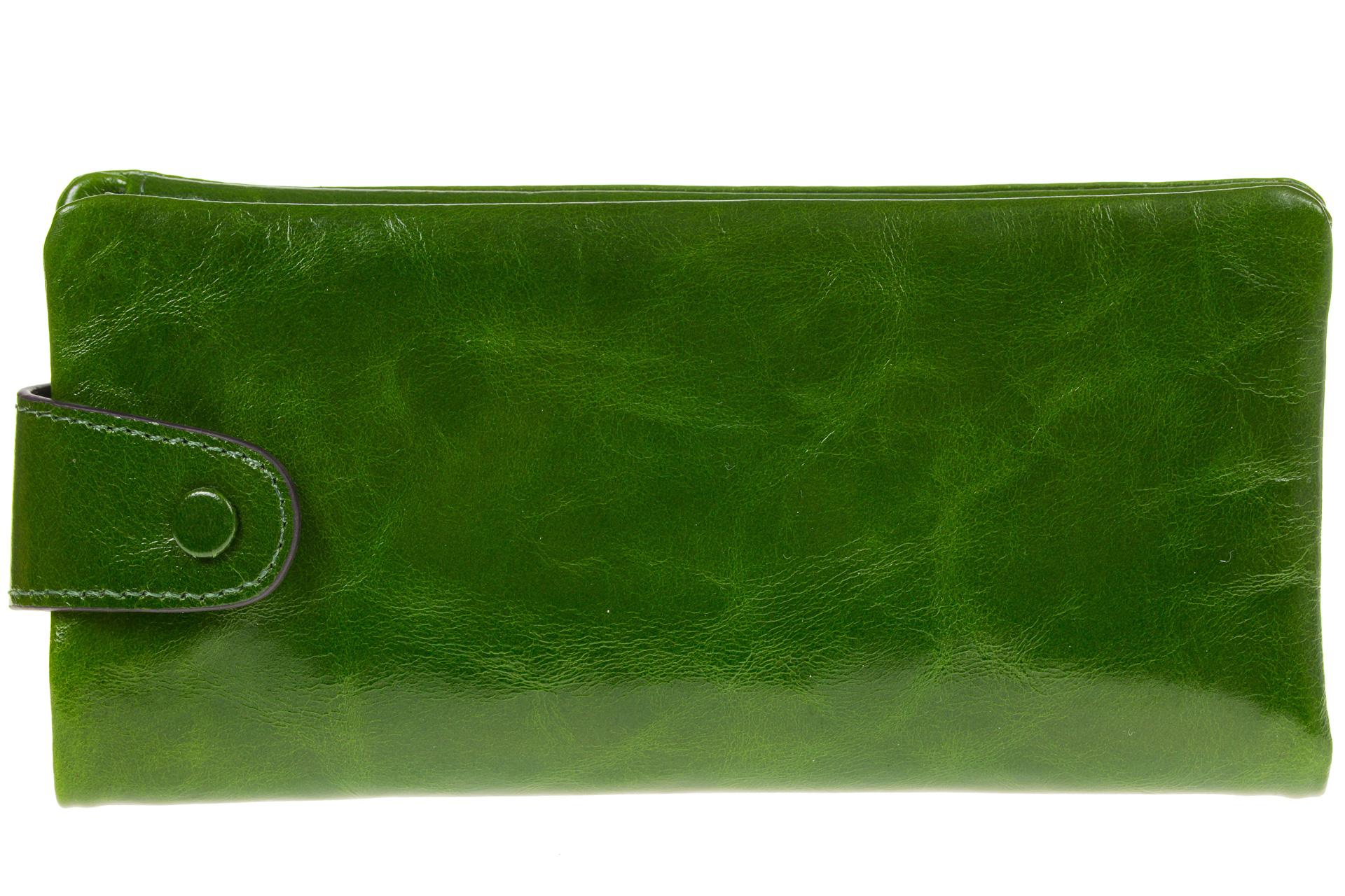 На фото 1 - Вертикальное портмоне зеленого цвета 6018