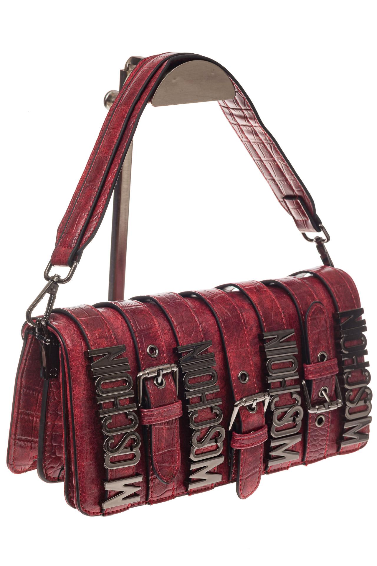 На фото 1 - Модная сумка багет из искусственной кожи, цвет красный