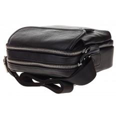 На фото 4 - Маленькая мужская сумка из натуральной кожи, цвет черный