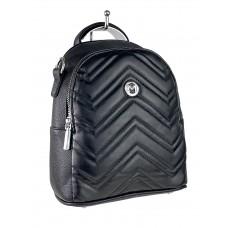 На фото 1 - Женский стёганый рюкзачок-трансформер из экокожи, цвет чёрный