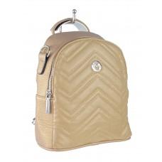 На фото 1 - Женский стёганый рюкзачок-трансформер из экокожи, цвет бежевый с перламутром