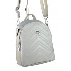 На фото 1 - Женский стёганый рюкзачок-трансформер из экокожи, цвет серебристый