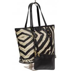 На фото 1 - Женская сумка-тоут с косметичкой из искусственной кожи, мультицвет