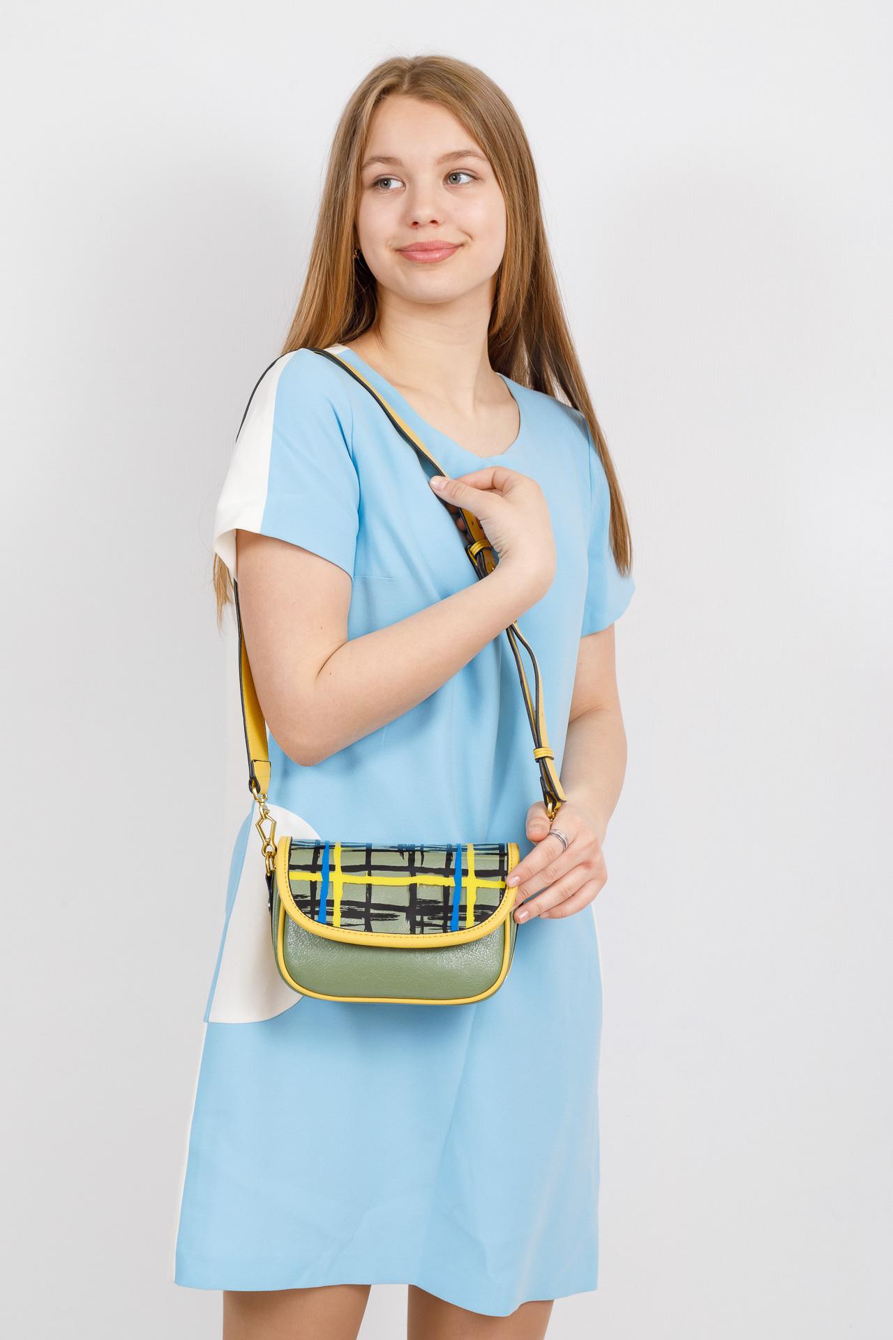 На фото 4 - Миниатюрная сумочка из искусственной кожи, цвет лимон