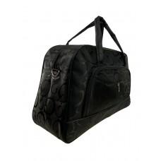 На фото 1 - Женская дорожная сумка из текстиля с принтом, цвет чёрный