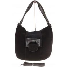На фото 2 - Интересная замшевая сумка черного цвета