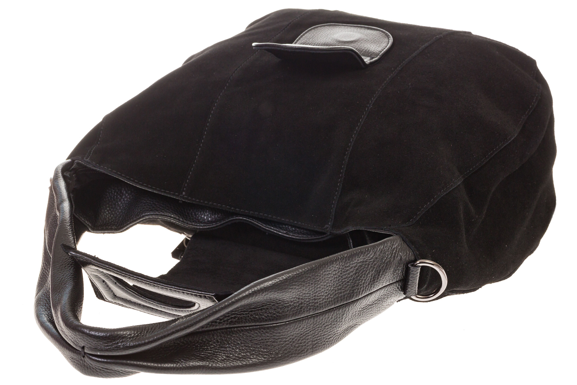 На фото 4 - Интересная замшевая сумка черного цвета