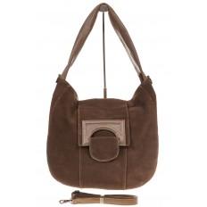На фото 2 - Интересная замшевая сумка коричневого цвета