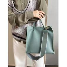 На фото 1 - Сумка-пакет женская из натуральной кожи, цвет серая бирюза