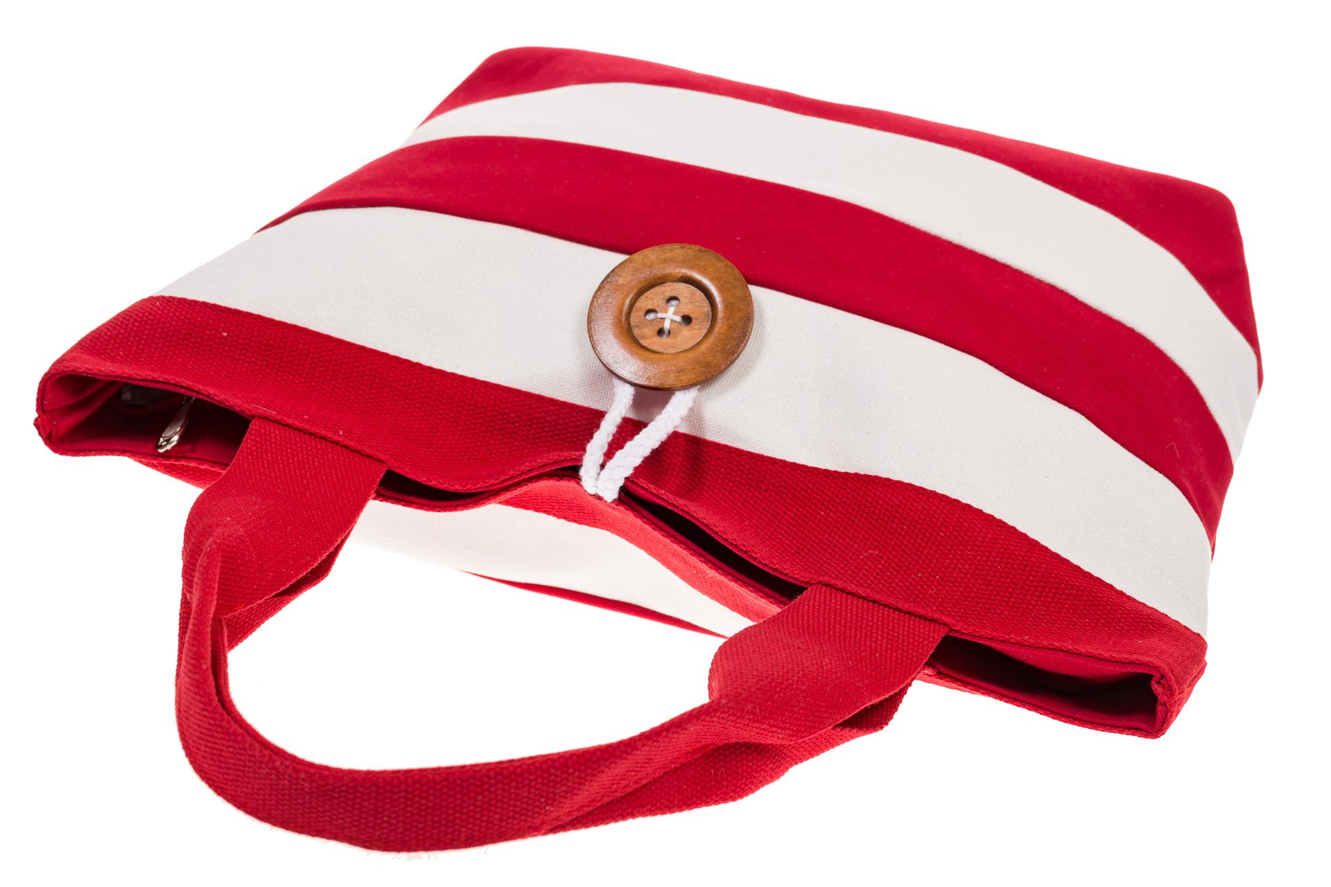 На фото 4 - Пляжная сумка в красно-белую полоску 6216