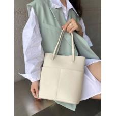На фото 1 - Мягкая сумка из натуральной кожи, цвет молочный