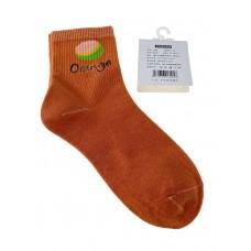 На фото 1 - Женские носки с высокой резинкой, принтом и надписью, цвет оранжевый
