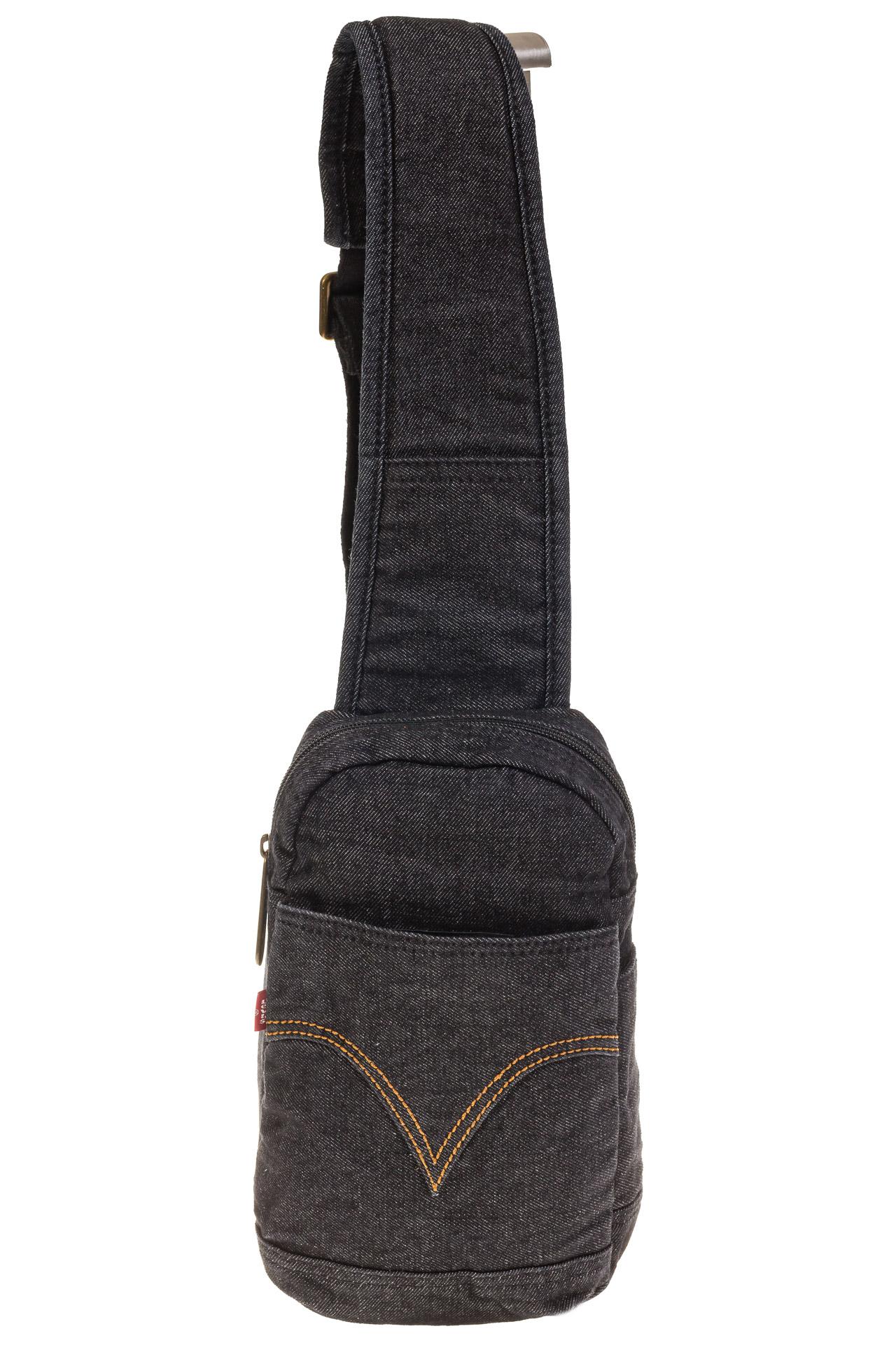 На фото 2 - Сумка из серо-черной джинсовой ткани слинг-бэг