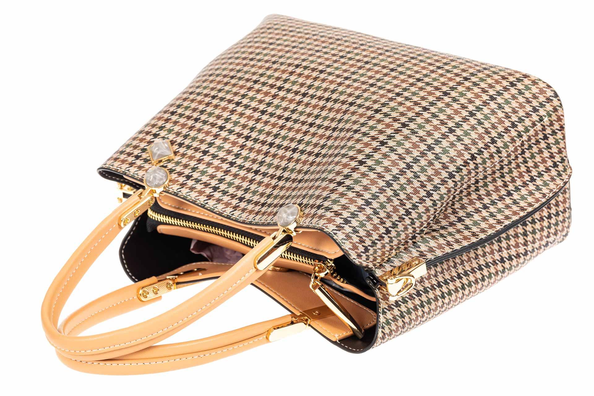 На фото 4 - Универсальная женская сумка из экокожи, цвет кремовый