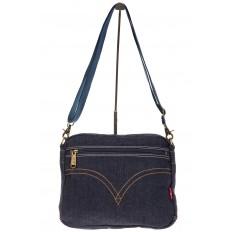 На фото 3 - Синяя джинсовая сумка с принтом