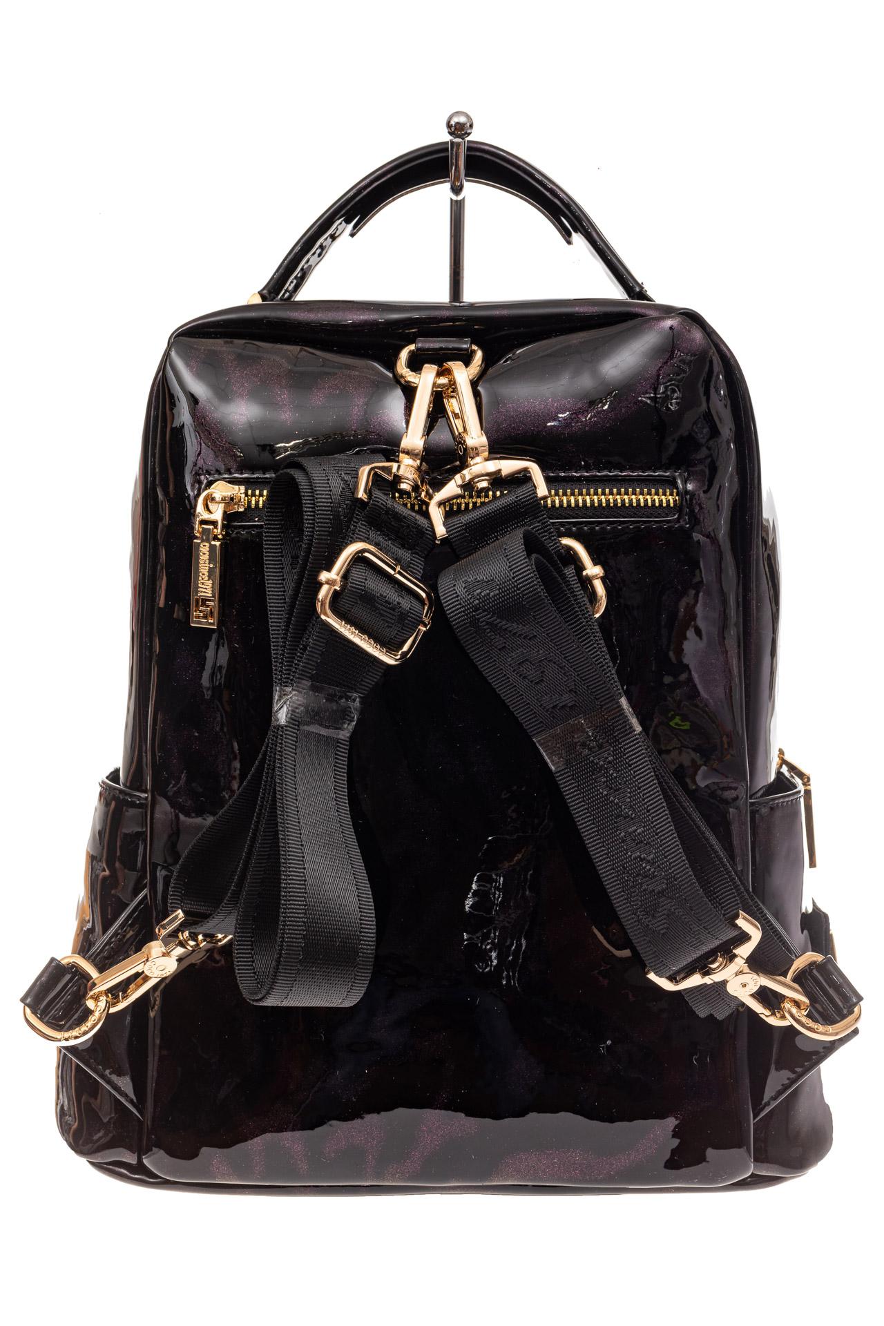 На фото 3 - Женский рюкзак из кожи со стразами, цвет фиолетовый