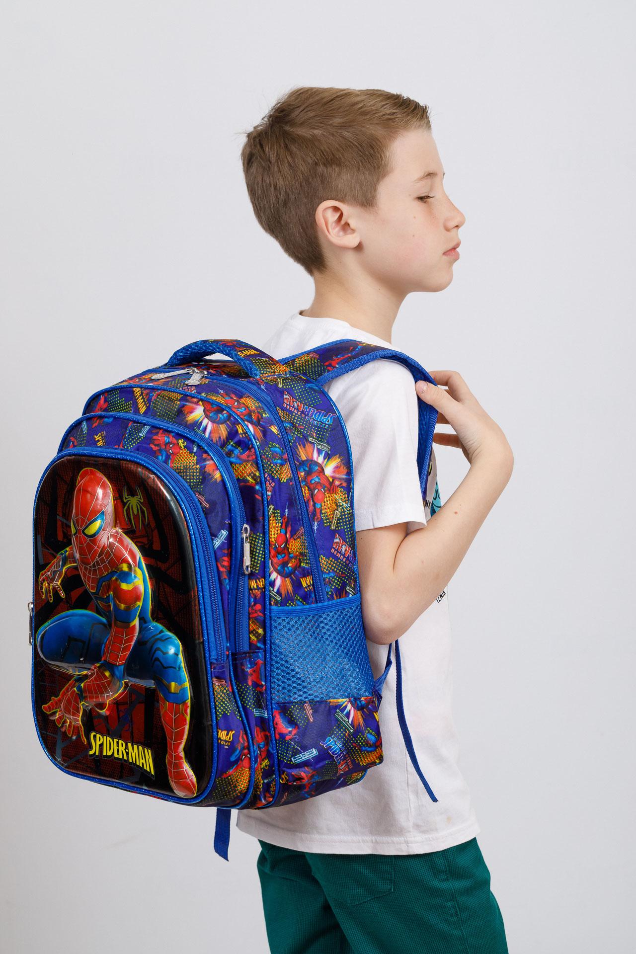 На фото 4 - Большой вместительный рюкзак с аппликацией, цвет синий