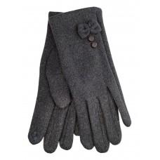 На фото 1 - Утеплённые женские перчатки из велюра с декором, цвет серый
