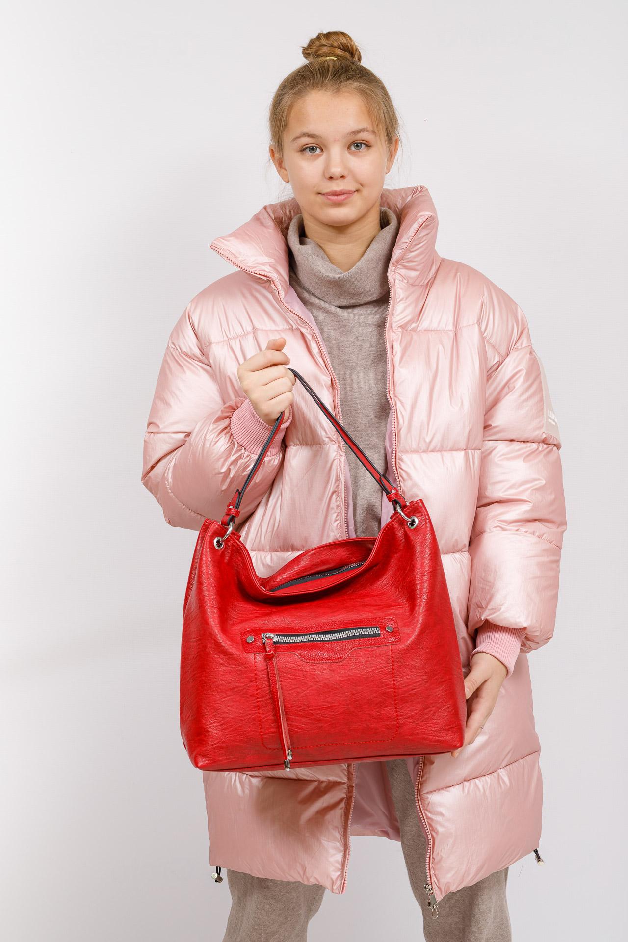 На фото 5 - Большая женская сумка из искусственной кожи, цвет красный