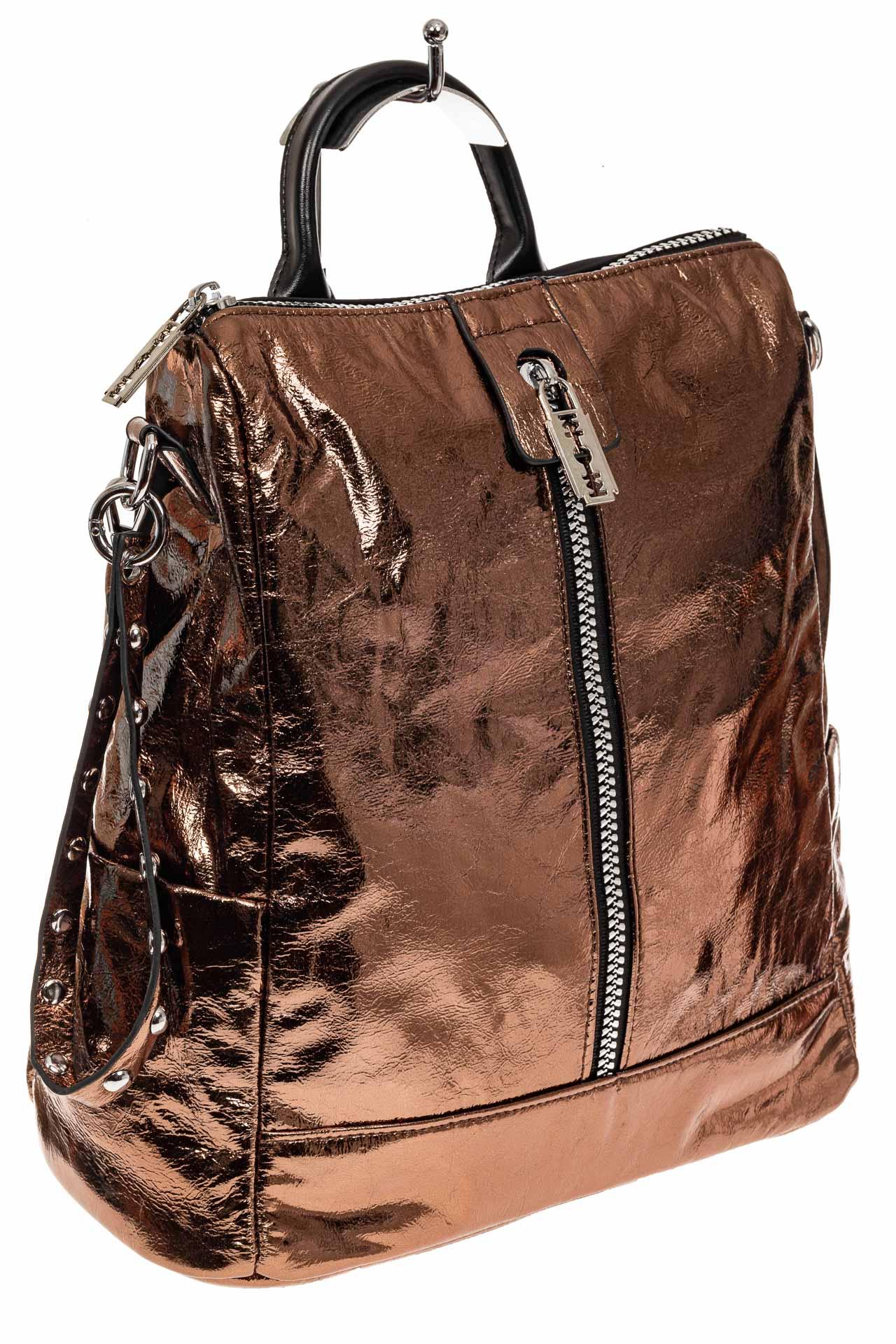 На фото 1 - Большой городской рюкзак из искусственной кожи, цвет бронза