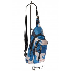 На фото 1 - Молодёжный слинг с принтом камуфляж, цвет синий с белым