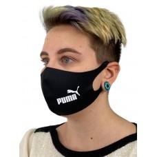 На фото 1 - Защитная маска со спортивным принтом, чёрный цвет