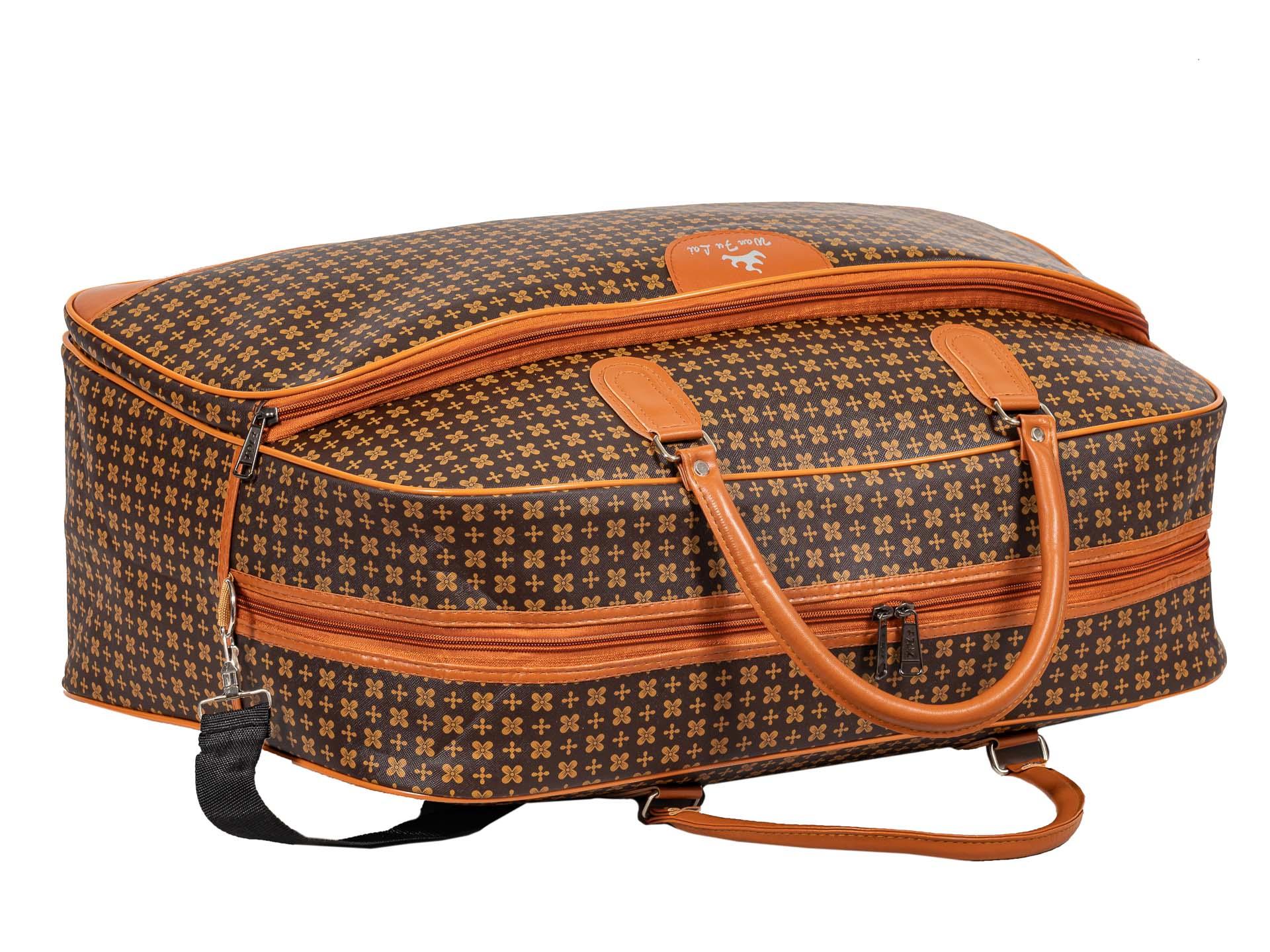 На фото 4 - Дорожная сумка из искусственной кожи, цвет коричневый, принт цветочный