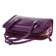 На фото 4 - Классическая женская сумка из натуральной кожи